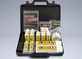 Kit per la riparazione delle materie plastiche, specifico per carrozzeria